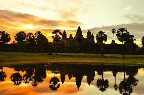 Angkor Wat Sunrise Angkor Special Tours 1030x514 1